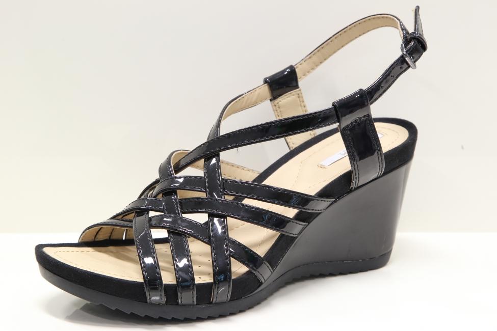 58030177e707 Štýlove kožené čierne sandále na platforme Geox - MojaObuv